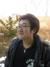 菅野秀一郎