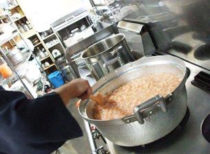 規格外農産物を使ったオリジナル瓶詰め商品で福島の農家の活性化と食の不安感を払拭する事業