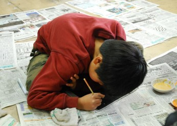 雄勝石復興プロジェクト「JR東日本東京駅雄勝石絵設置計画」